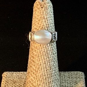 Vintage Mother of Pearl MOP and Sterling Ring